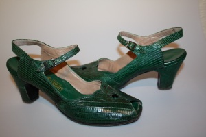 1940's green snakeskin leather strap heels
